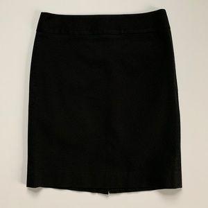 EUC Black Pencil Skirt - Banana Republic - Size 10